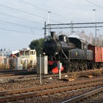 S1 1921 med resandetåg mot Katrineholm 2012