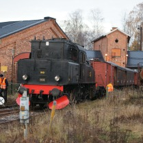 Inbackning mot stallet i Katrineholm 2013