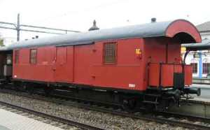 F5-2877