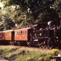 Resandetåg på Saltsjöbanan 1998