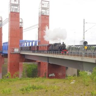 Den nya järnvägsbron i Södertälje