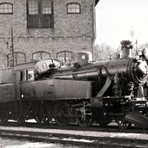 Innan vårat mest använda ånglok, S1 1921, hamnade hos oss så stod det som beredskapslok i bl.a. Katrineholm. Foto: Okänd